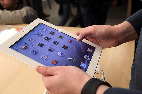 Apple iPad 2 Goes On Sale