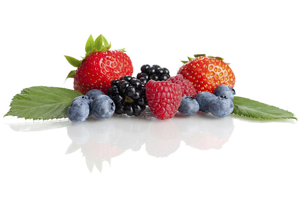 Can I Eat Strawberry Leaves And Stems?