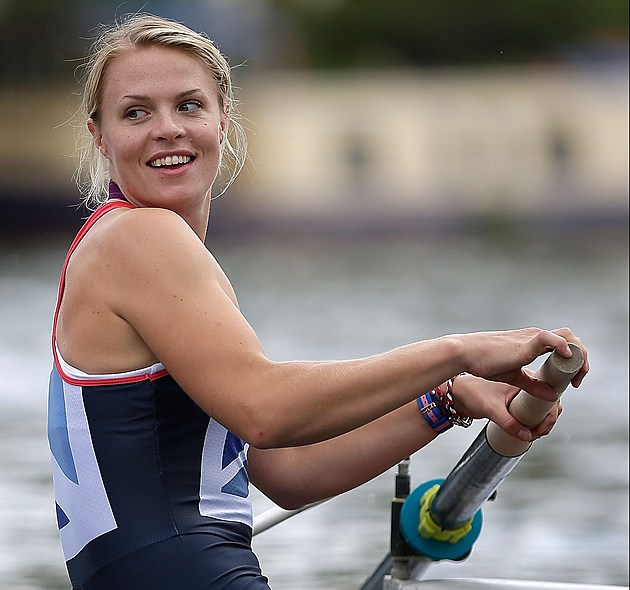 Rowing Club Throws A Heroes Return Welcome For Successful Olympic Rowers