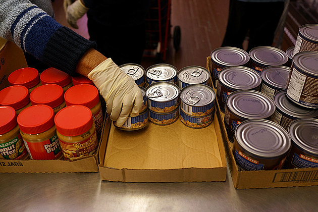 New York Food Pantry Provides Food To Those In Need